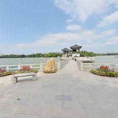 西湖九曲桥全景
